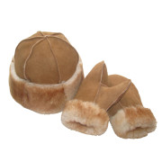 ewe2you shearling sheepskin matching hat and mittens